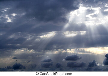 tempestuoso, sol, rotura, cielo, nublado, por, rayo