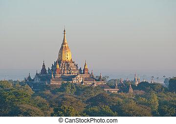 tempio ananda, antico, bagan, myanmar