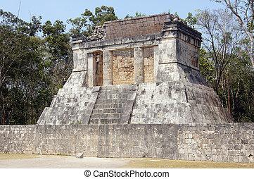 Temple in Chichen Itza, Mexico