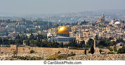 Panoramic landscape view of Jerusalem and The Dome of the Rock on the Temple Mount from Mount Scopus in Jeruslem, Israel