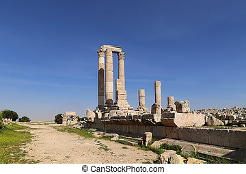 Temple of Hercules, Roman Corinthian columns at Citadel...