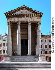 Temple of Roma and Augustus in Pula main square, Croatia
