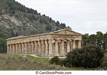 Temple of Segesta quater - Temple of Segesta side view,...