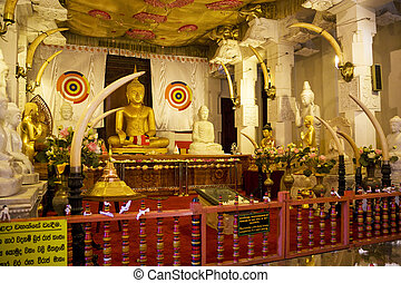 Temple of Tooth, Kandy, Sri Lanka - Image of the Temple of ...