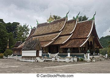 Temple Wat Xieng Thong in Luang Prabang, Laos