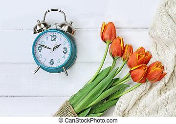 tempo mola, mudança, luz dia, poupança