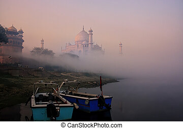 temprano, mahal, anclado, agra, uttar pradesh, barcos, río ...