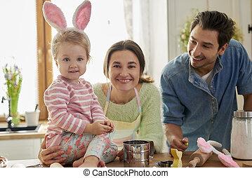 temps pâques, famille heureuse