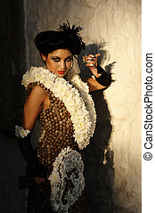 Temptress In Vintage Clothes