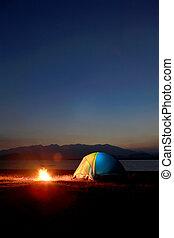 tenda, falò, tramonto, lago