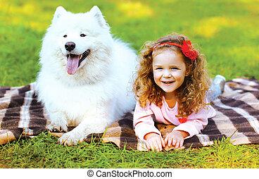 tendo, feliz, divertimento, retrato, criança, ao ar livre, cão