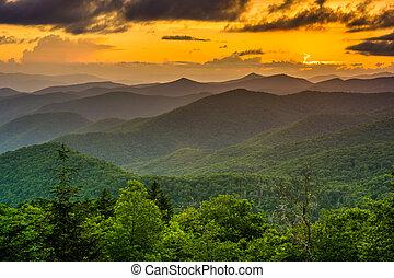 tenedor, montañas, appalachian, encima, dominar, o, ocaso,...