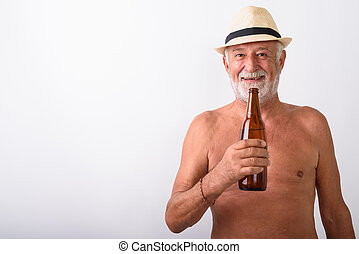 tenendo bottiglia, shirtless, contro, birra, fondo, anziano, bianco, uomo