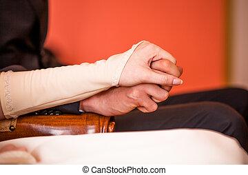 tenere mani