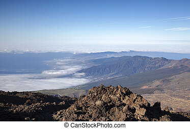 Tenerife, view from hiking path to the summit