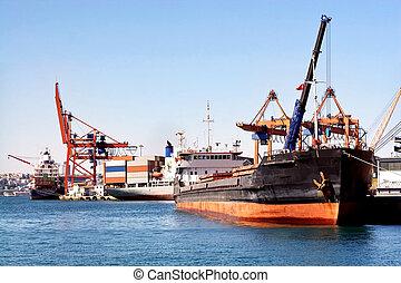 tengeri kikötő