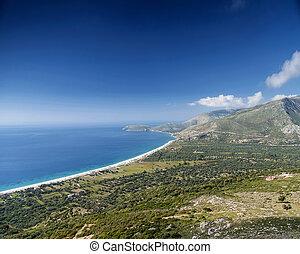 tengerpart, és, hegyek, ionian tenger, partvonal, kilátás, közül, déli, albánia