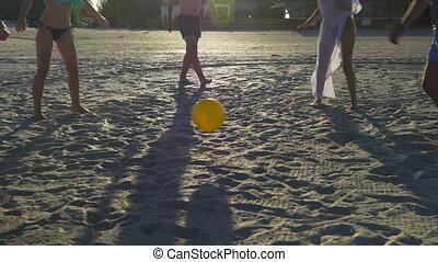 tengerpart, barátok, labda, csoport, játék