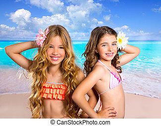 tengerpart, lány, két, szünidő, tropikus, barátok, gyerekek...