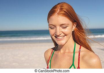 tengerpart, woman van, boldog