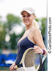 tenis, y, salud, vida, concept:, retrato, de, positivo, sonriente, profesional, hembra, jugador del tenis, posar, con, raqueta