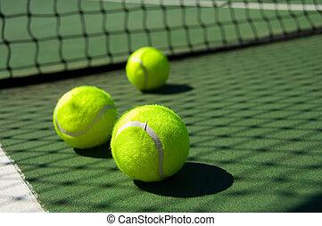 teniszpálya, herék