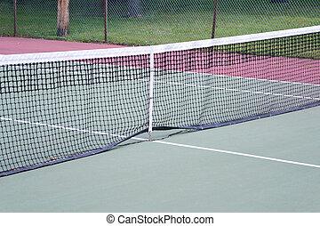 Tennis Court 2 - An empty green and red tennis court