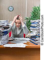 tension, femme, excessif, travail, papier, sous