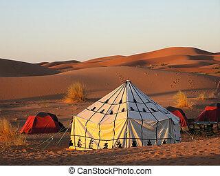 Tent in the desert