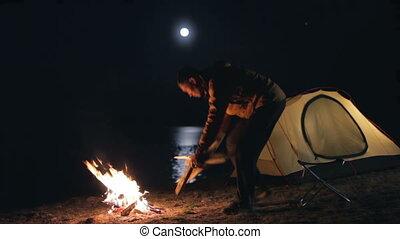 tent., lever lune, touriste, au-dessus