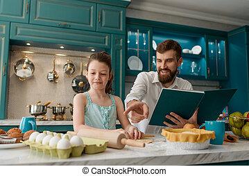 tentando, torta, dela, assar, menina, pai
