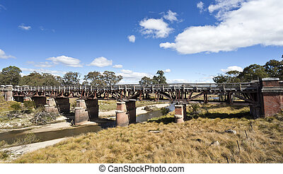 Tenterfield Railway Bridge - Sunnyside railway bridge over...