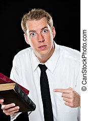 tenue, bibles, pointage homme, jeune
