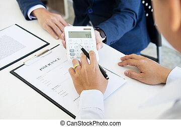 tenue, calculer, voiture, coût, concession, clã©, acheteur, bureau, vendeur, assurance, price.