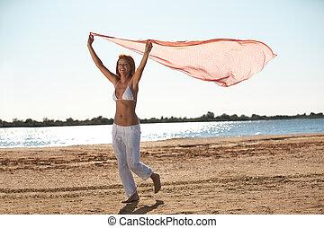 tenue femme, écharpe, plage, heureux, jeune