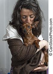 tenue femme, elle, chien