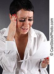 tenue femme, -, mauvais, larmes, lettre, nouvelles, dépression