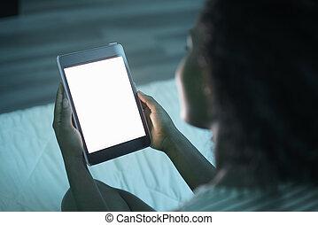 tenue femme, pc tablette, soir, mockup