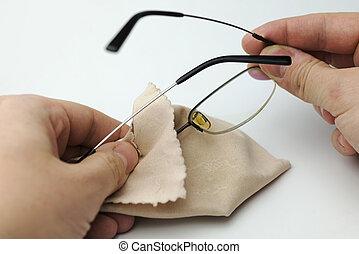 tenue, glasses., mains
