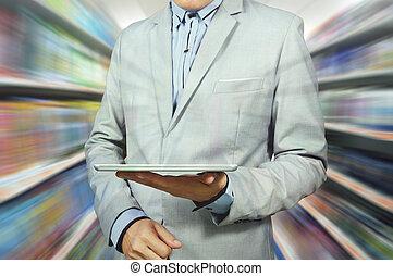 tenue, supermarché, sortie, homme, business, tablette