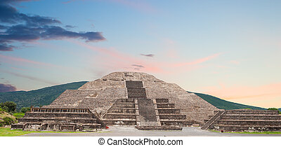 teotihuacan, pyramide, moon.