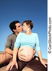 terhes, család