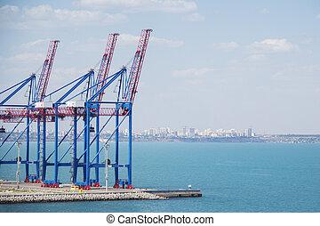 terminal, cargaison, industriel, fermé, offloading, grues, ascenseur, tient, bateaux, port, grand, chargement, abandonné, fret, marchandises, rangées, port, ponts