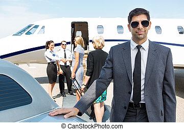 terminal, confiante, aeroporto, homem negócios