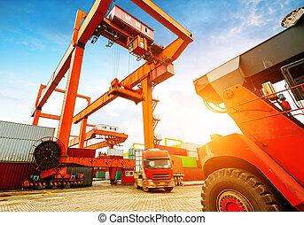 terminal, container, schemering