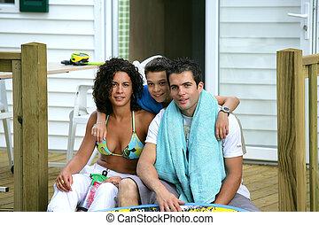 terrasse, familie, sitzen
