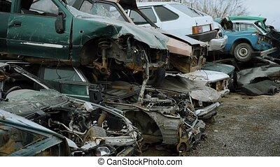 terrestre, vieux, décharge, automobile, traitement, attente, parties, plus loin, disassembly, mensonge