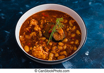 terreux, haricots, sauce, ragoût, beurre, fumé, plant-based, tomate, nourriture, aubergines, vegan
