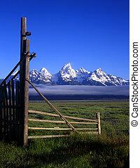 tetons&gate#2
