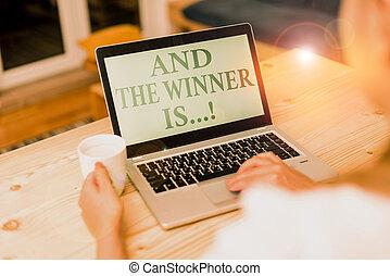 text, oder, frau, konkurrenz, is., zuerst, handschrift, edv, gerieten, laptop, vorräte, smartphone, prüfung, verkünden, bedeutung, becher, technologisch, devices., begriff, ort, buero, schreibende, gewinner